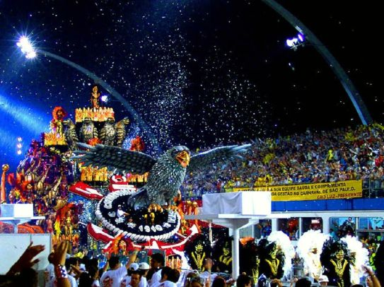 One of the floats in a past Carnival Festival in Rio de Janerio. PhotoCo: wikimedia.com